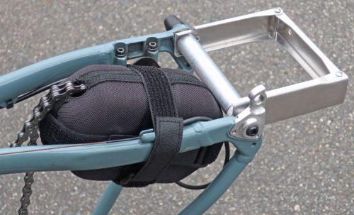 R250 リアディレイラー保護ケース 飛行機輪行向き